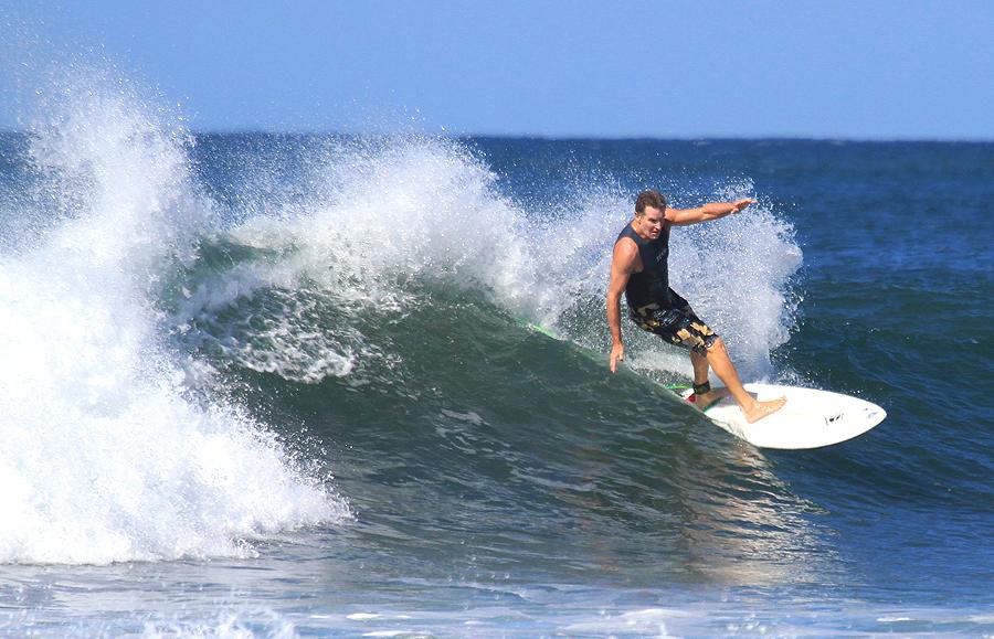 beach beat, ageing rocker, surfboard, surfing, eric davies